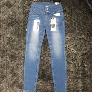 Ymi Betta Butt Jeans